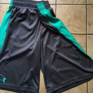 Under Armour Boy's Youth ( M) Shorts